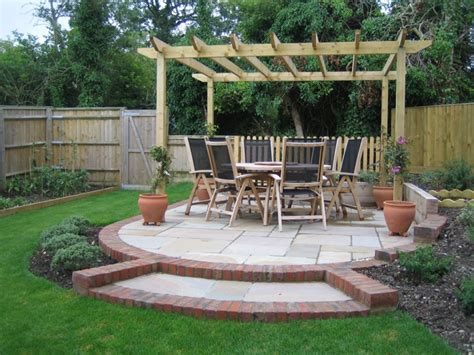 Garden Designs. Garden Seating Area Designs: Small Gardens