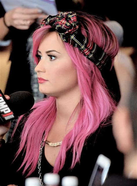 Demi Lovato Beauty Hair Pinterest Brown Hair Pink