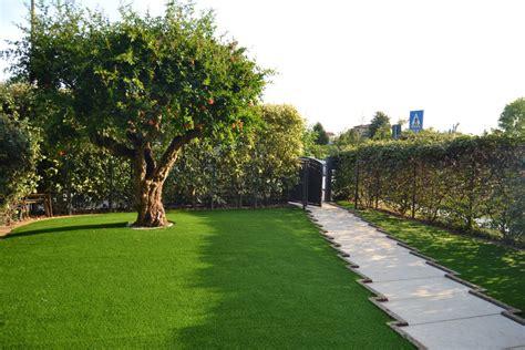 erbetta per giardino manutenzione dell erba sintetica 232 necessaria