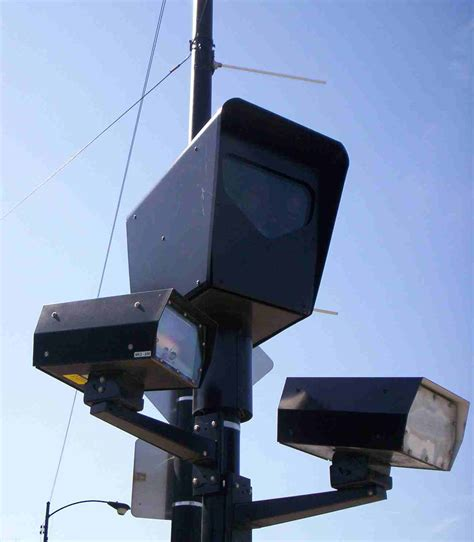 florida red light camera law florida lawmakers revisit red light camera law via wwsb