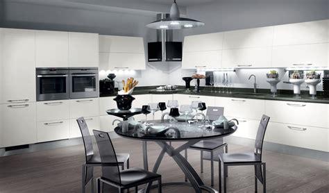 cocinas modernas llenas de colorido scavolini decoracion