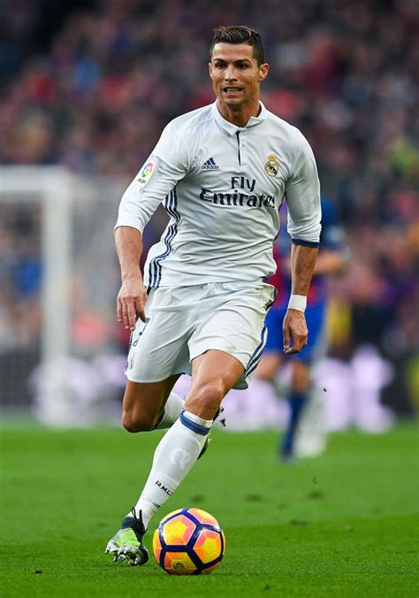Cristiano Ronaldo - Cristiano Ronaldo Photos - FC ...