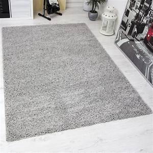Shaggy Teppich Grau Silber : hochflor teppich grau simple shaggy plus wei eckig gren with hochflor teppich grau cheap ~ Bigdaddyawards.com Haus und Dekorationen