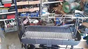 Fabriquer Un Barbecue Avec Un Bidon : barbecue fabrication maison youtube ~ Dallasstarsshop.com Idées de Décoration