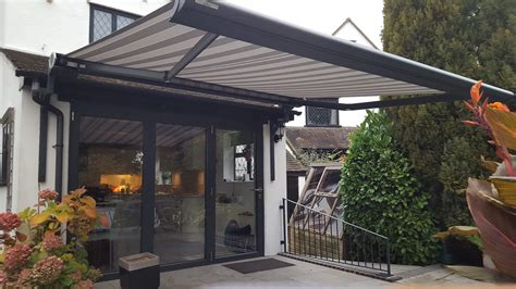 pergola  retractable garden awnings  sussex shaded cube
