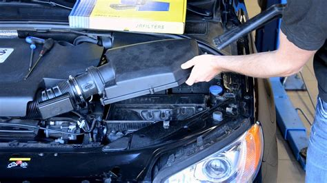 bsr   change air filter volvo   youtube