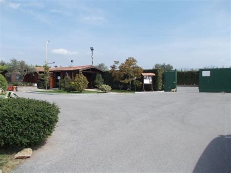 parking le terrazze area sosta cer parking le terrazze roma lazio italia