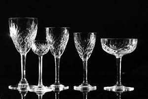 Service De Verre En Cristal : service de verres en cristal grav de saint louis modele chantilly flutes coupes gobelets ~ Teatrodelosmanantiales.com Idées de Décoration