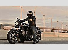 2013 Victory Judge Muscle Bike Shows Awesome Grit [Video
