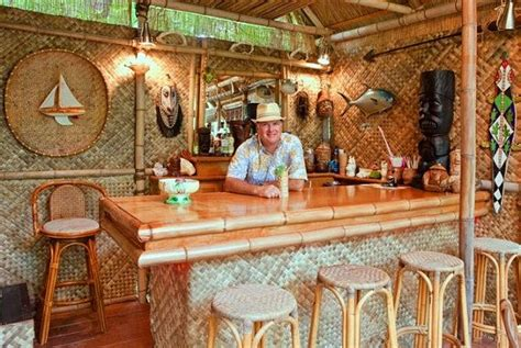 Bamboo Tiki Bar Plans by Build Bamboo Tiki Bar Woodworking Projects Plans