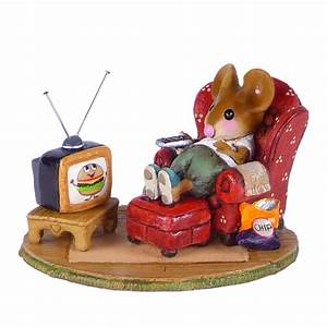 Wee forest folk new mice little couch potato for Couch potato sofa buddy
