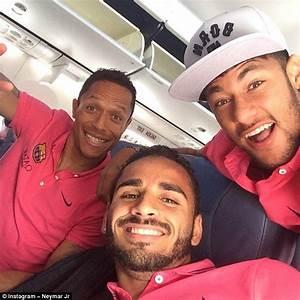 Neymar and co. post Instagram selfie as Barcelona travel ...
