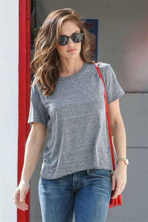 minka kelly hot  barnorama