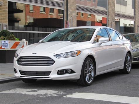 ford fusion hybrid  short  drive