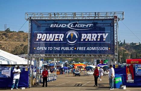bud light tailgate sweepstakes bud light tailgate party decoratingspecial com