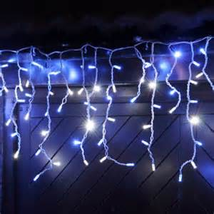100 led blue white icicle lights connectable for outdoor use lights4fun co uk