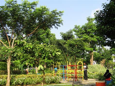 Gratis untuk komersial tidak perlu kredit bebas hak cipta. surabayakeren: Kebun Bambu Keputih, Taman Sakura (Surga Selfie Surabaya)