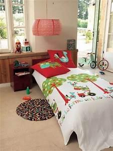 Parure De Lit Enfant Garcon : linge de lit enfant 3 parures color es chez linvosges c t maison ~ Teatrodelosmanantiales.com Idées de Décoration