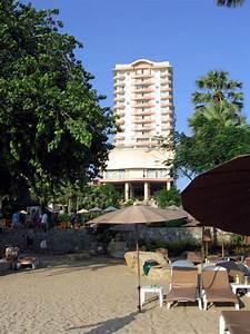 das htoel vom strand aus With katzennetz balkon mit long beach garden hotel pattaya thailand