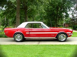 1968 Ford Mustang GT/CS - amazing super performance