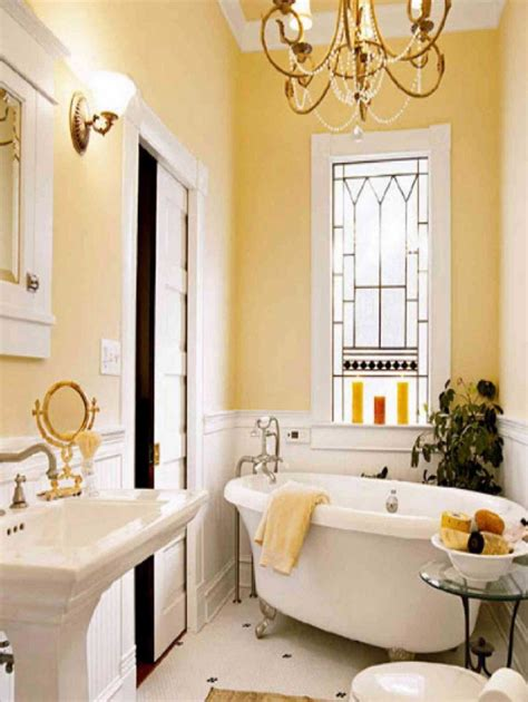 Decorating Ideas Color Inspiration by 5 Decorating Ideas For Small Bathrooms Home Decor Ideas