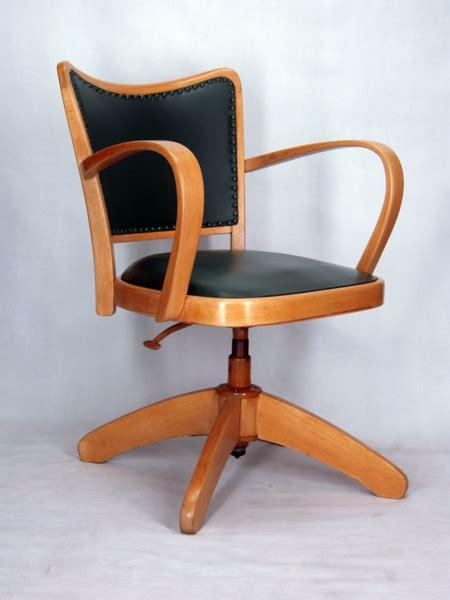 chaise de bureau antique chaise a accoudoirs fauteuil bureau tournant 1950 vintage