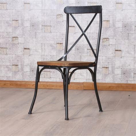 chaise de bureau bois chaises industrielles designs vintage et modernes