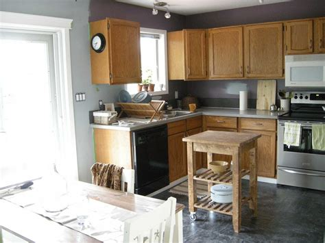 best kitchen wall color with oak cabinets best paint