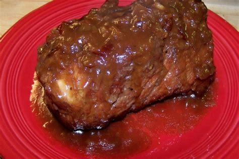 crock pot pork roast with cranberry sauce and dressing