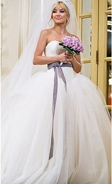 Vera Wang Used Wedding Dress On Sale 40 Off Stillwhite