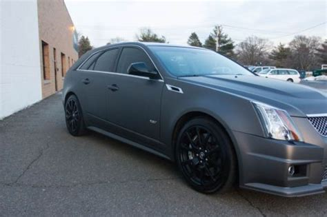 sell   cadillac cts  sport wagon matte charcoal