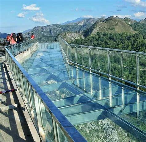 jembatan kaca  wisata religi patung yesus buntu burake