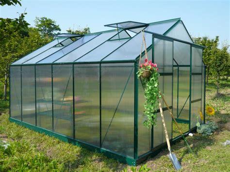 serre de jardin pas cher polycarbonate tunnel mini serre