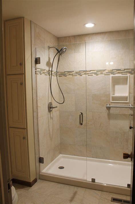 shower pan ideas     bathroom