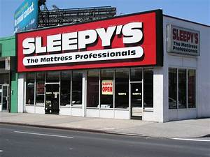 Filekings plaza storejpg wikimedia commons for Brooklyn bedding store