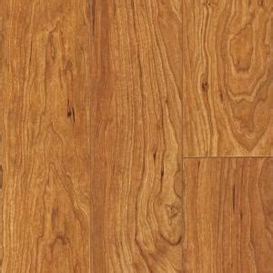 pergo flooring deals pergo xp kingston cherry laminate flooring 5 in x 7 in take home sle pe 882895 the home