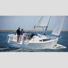 Bavaria Easy 97 Noleggio Barca