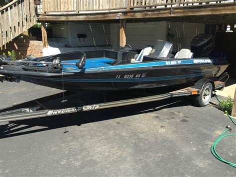 Used Hydra Sport Bass Boats For Sale by 1989 Hydra Sport Bass Boat Dv200 Ff No Reserve For