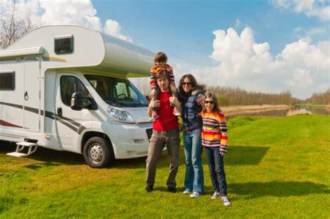 Urlaubs Checkliste Daran Sollten Sie Vor Der Reise Denken by Cing Mit Kindern Checklisten F 252 R Die Reise