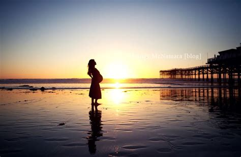 photography poses couples maternity images
