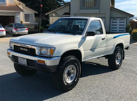 toyota  pickup  speed  sale  bat auctions