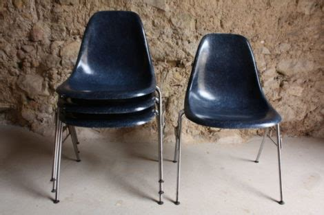 Plastic Side Chair Ray and Charles Eames Herrman Miller ...