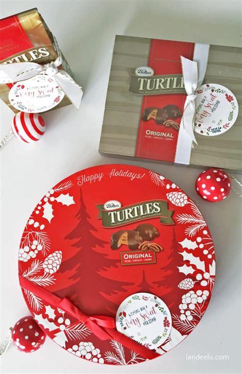 sweet holiday printable christmas gift tags landeelu com