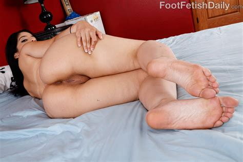 Nadia Ali Gives A Foot Job Before She Gets Fucked 1 Of 2