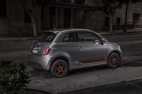 Review Fiat 500e by 2018 Fiat 500e Review Ratings Specs Prices And Photos