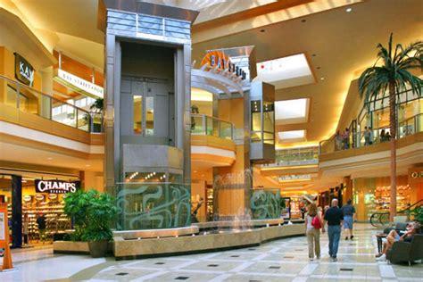 international plaza bay street tampa shopping review
