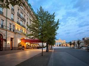 Centre De Berlin : hotel adlon kempinski in berlin room deals photos reviews ~ Medecine-chirurgie-esthetiques.com Avis de Voitures