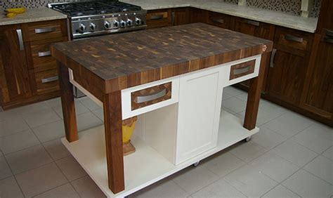 ilot de cuisine avec table concept giroux comptoirs de cuisine tables de salle à