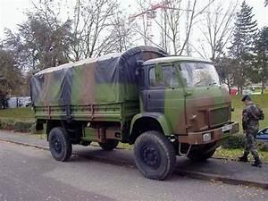 Véhicule Armée Française : trm 4000 4 tonnes french medium truck 4 tons army trucks pinterest army vehicles ~ Medecine-chirurgie-esthetiques.com Avis de Voitures