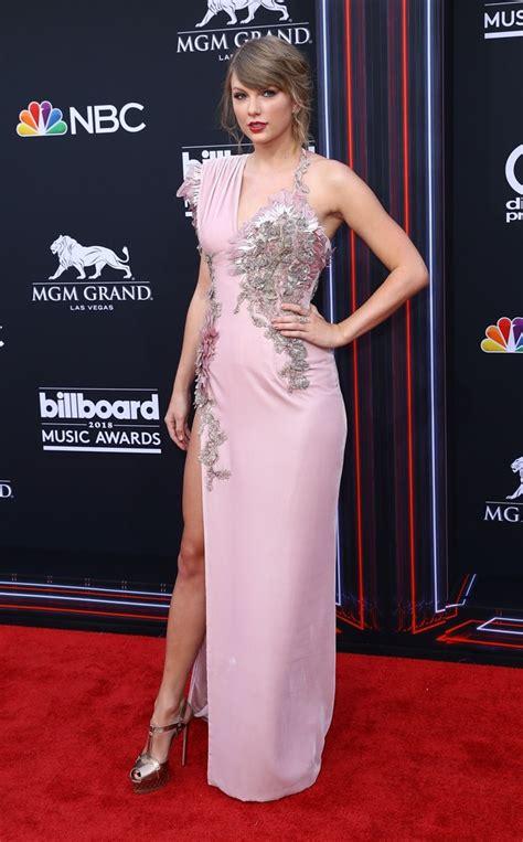 Taylor Swift Surprises at Billboard Music Awards in Rose ...
